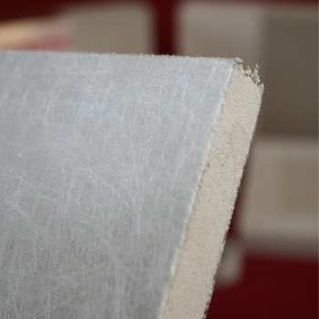 Platte aus Nanoporöse Siliciumdioxid.